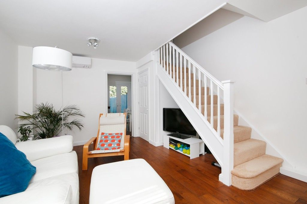 2 bed house for sale in Larch Grove, The Hollies, DA15  - Property Image 2