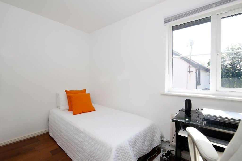 2 bed house for sale in Larch Grove, The Hollies, DA15  - Property Image 15
