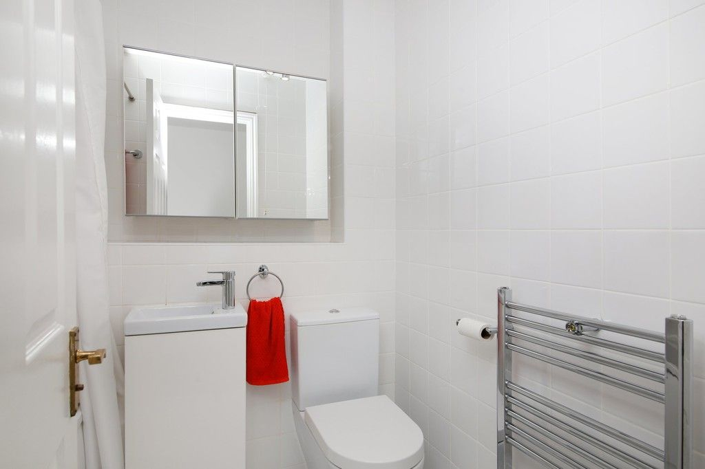 2 bed house for sale in Larch Grove, The Hollies, DA15  - Property Image 16