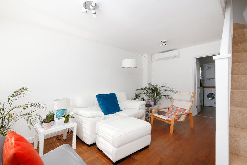 2 bed house for sale in Larch Grove, The Hollies, DA15  - Property Image 9