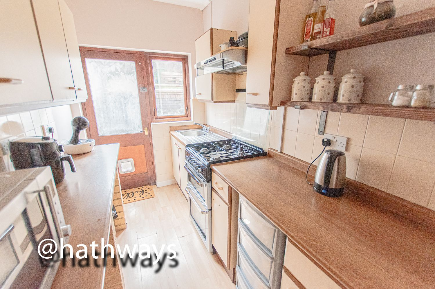 2 bed house for sale in Manor Road 14