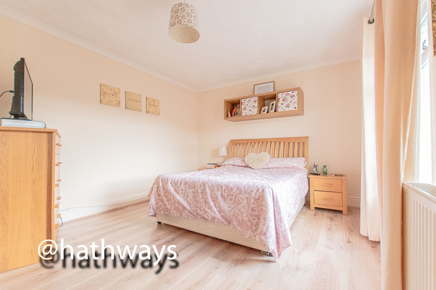 2 bed house for sale in Manor Road 17