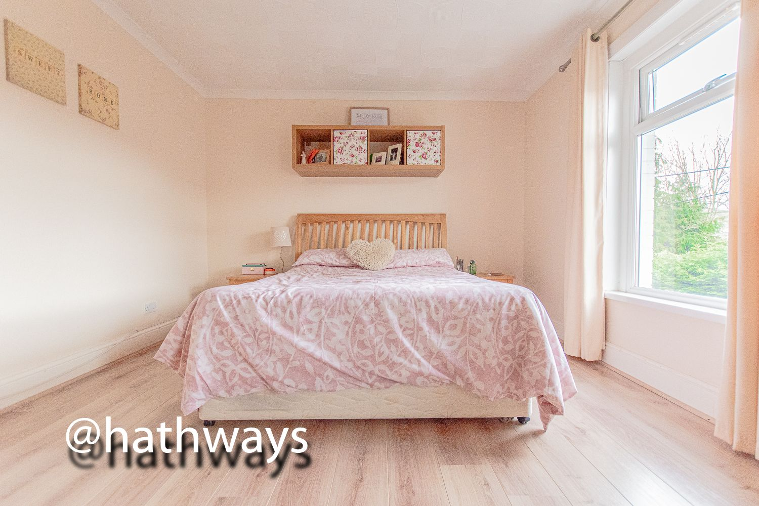 2 bed house for sale in Manor Road  - Property Image 18