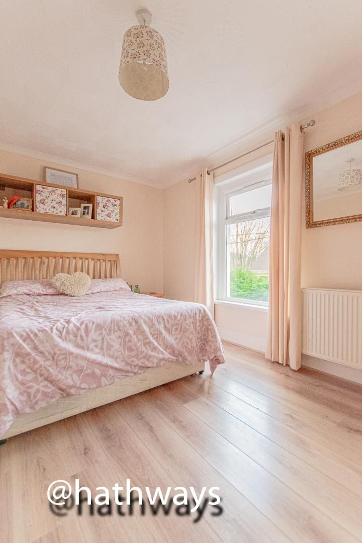 2 bed house for sale in Manor Road  - Property Image 19