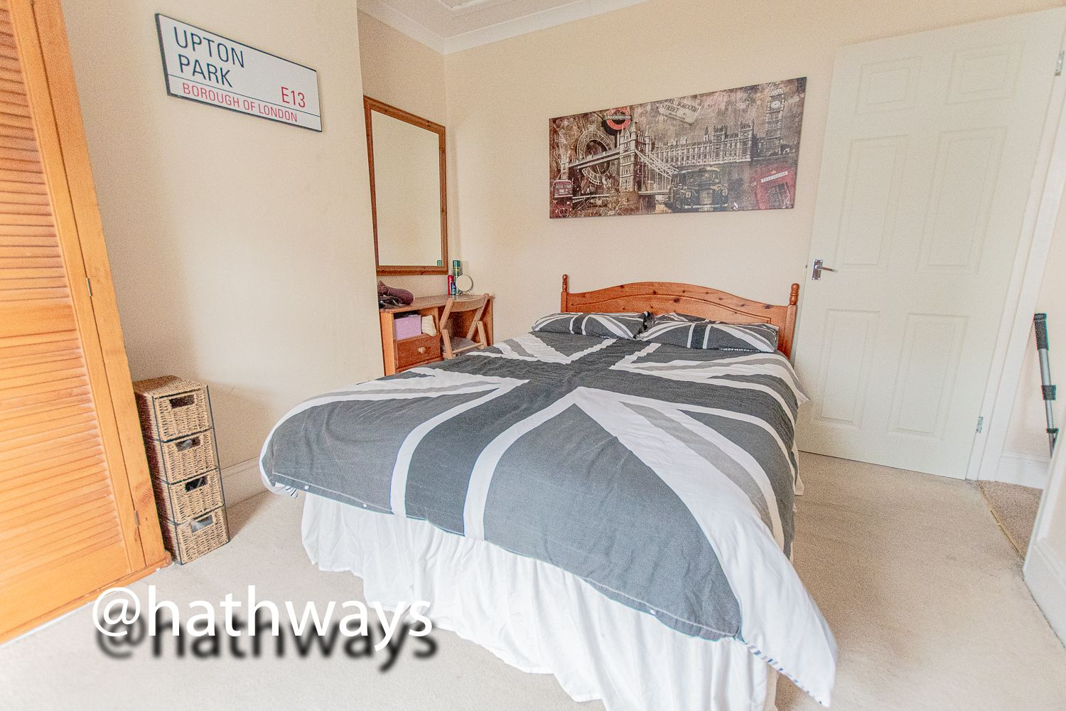 2 bed house for sale in Manor Road 23