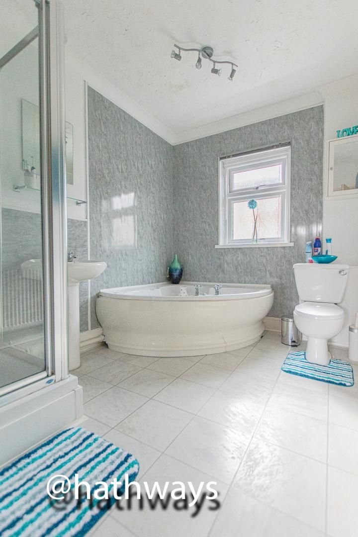 2 bed house for sale in Manor Road 24