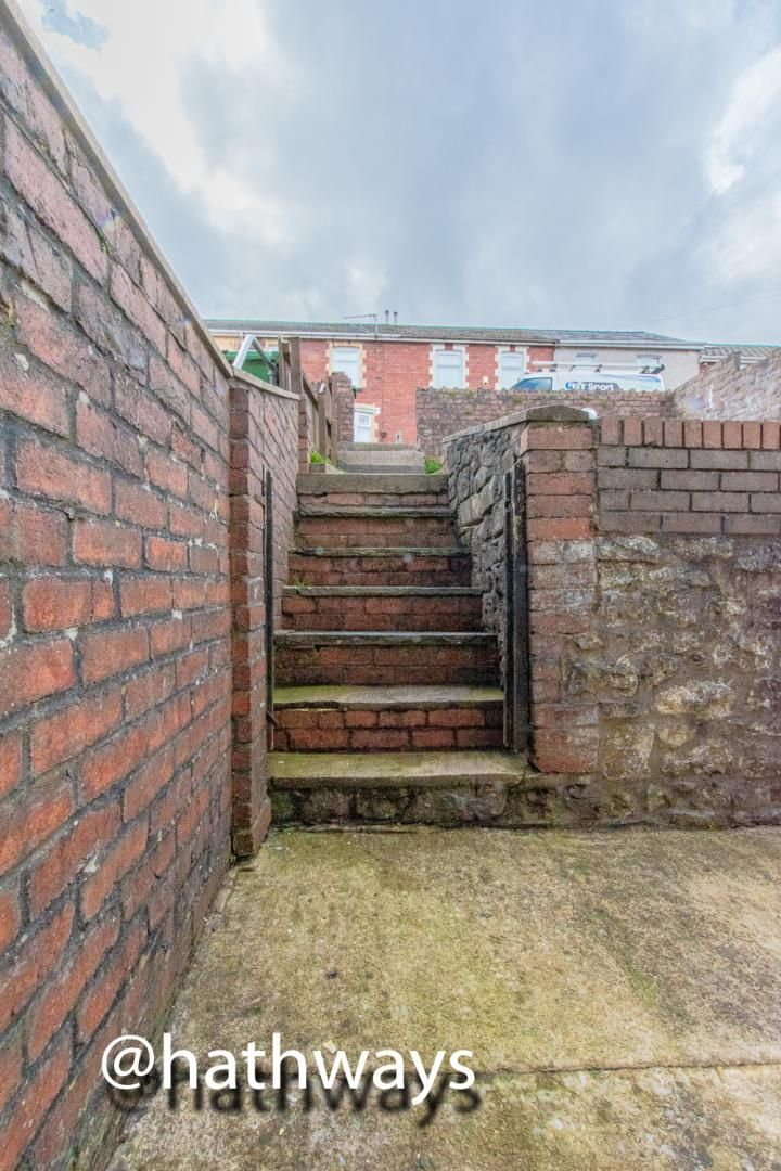 2 bed house for sale in Manor Road  - Property Image 31