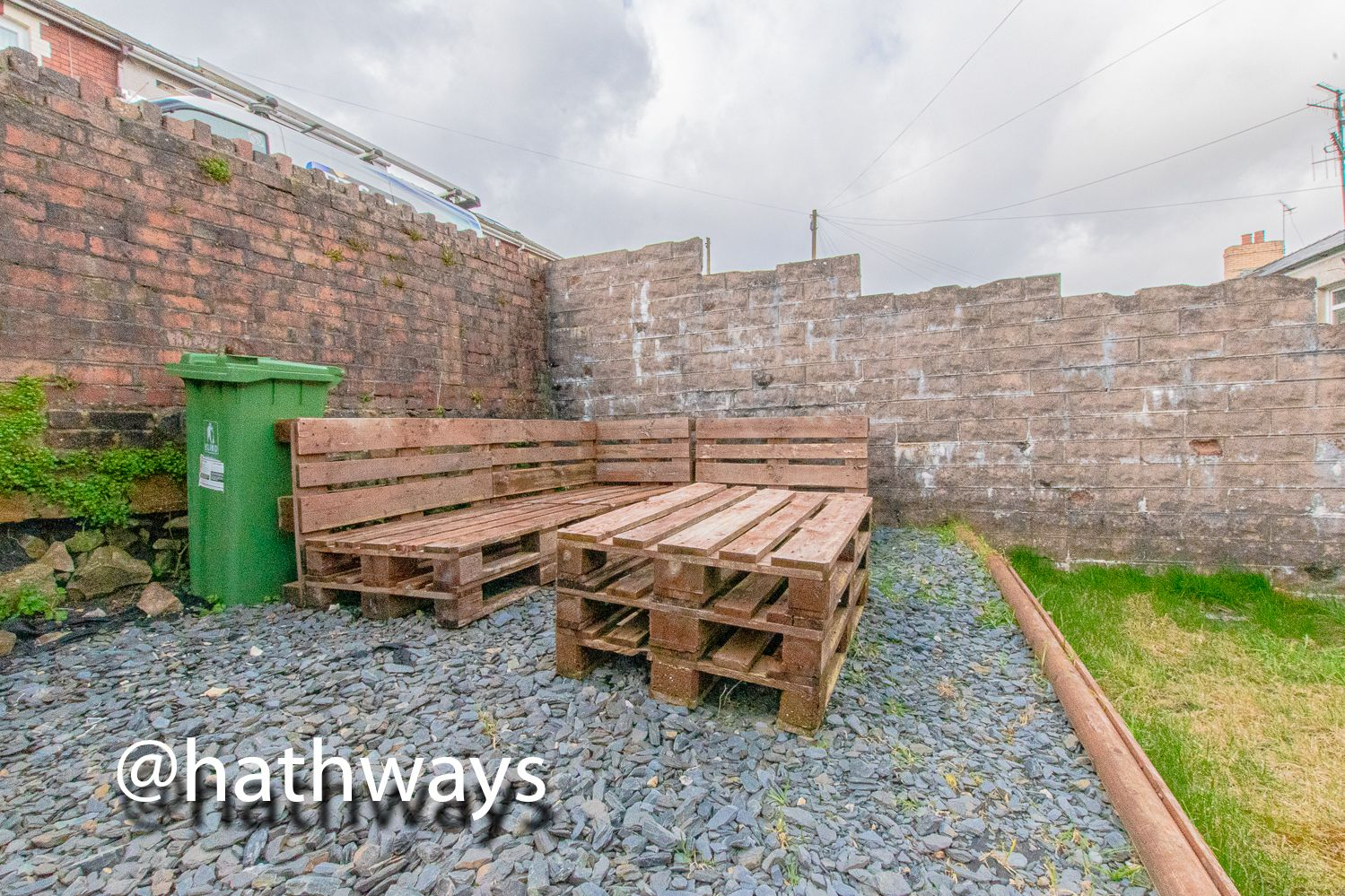 2 bed house for sale in Manor Road  - Property Image 33