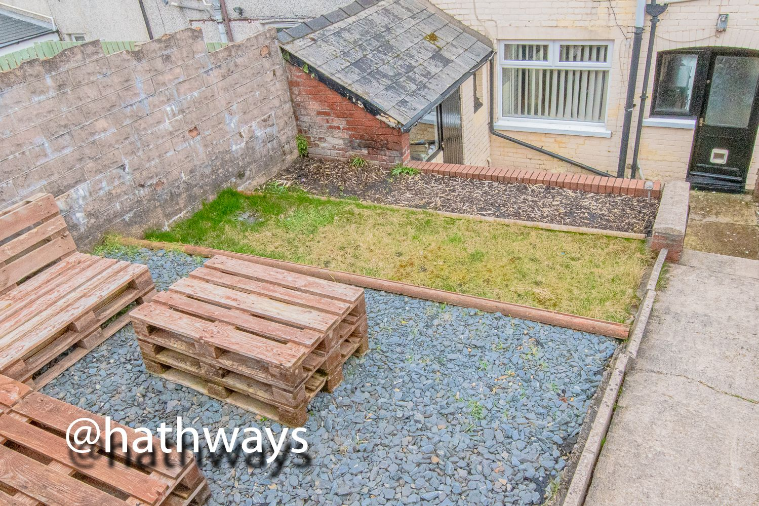 2 bed house for sale in Manor Road  - Property Image 34