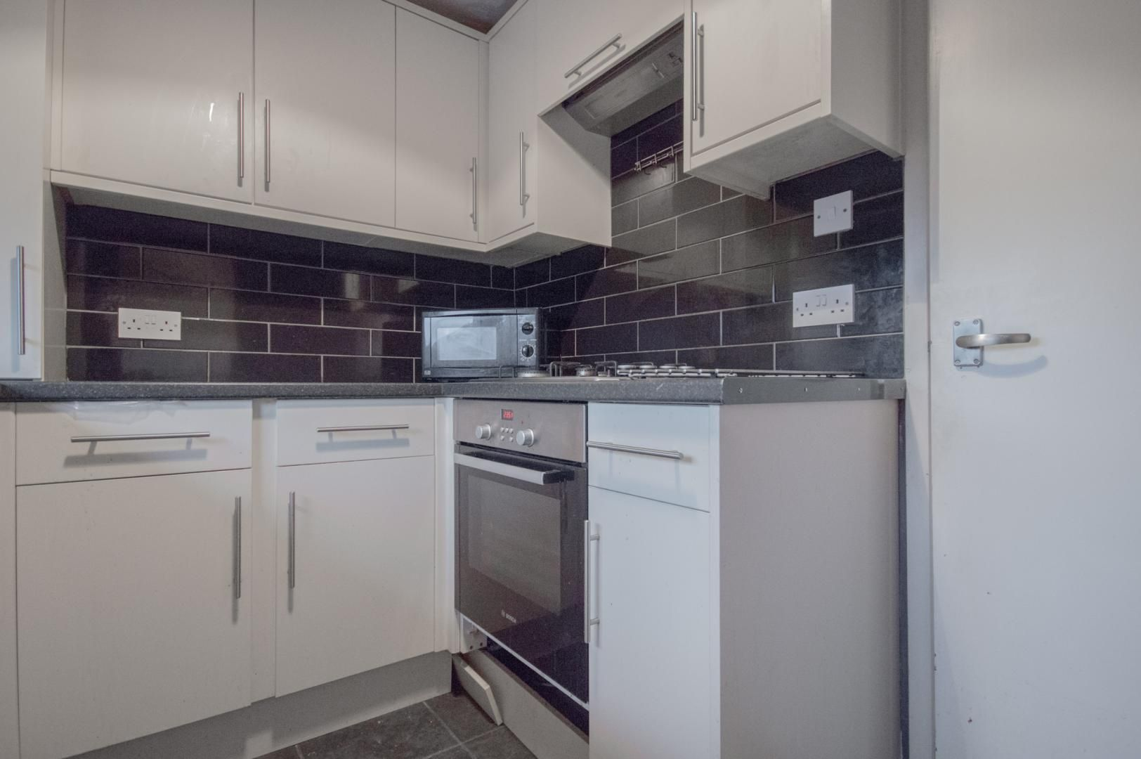1 bed flat to rent in Rumney Walk  - Property Image 2