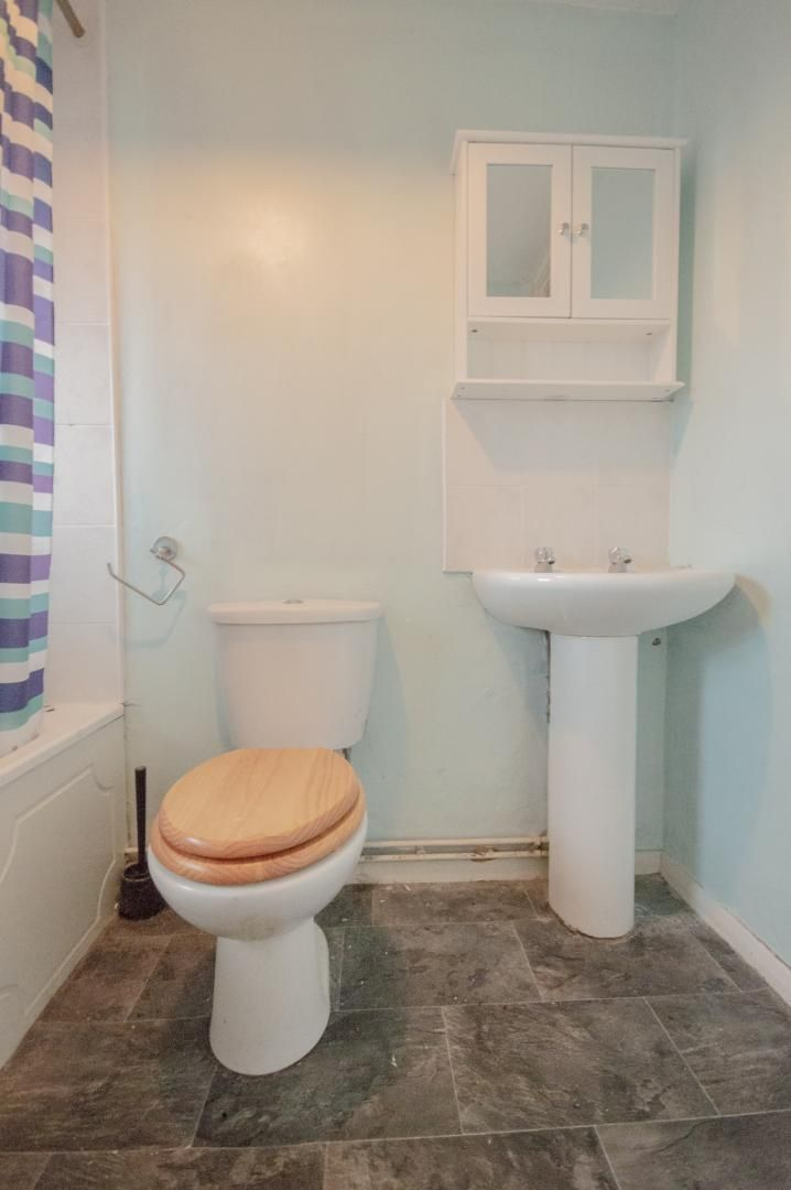 1 bed flat to rent in Rumney Walk  - Property Image 15