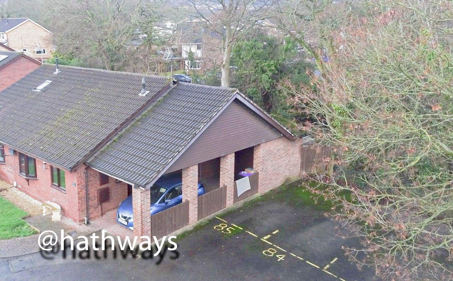 2 bed bungalow for sale in Pentre Close, NP44
