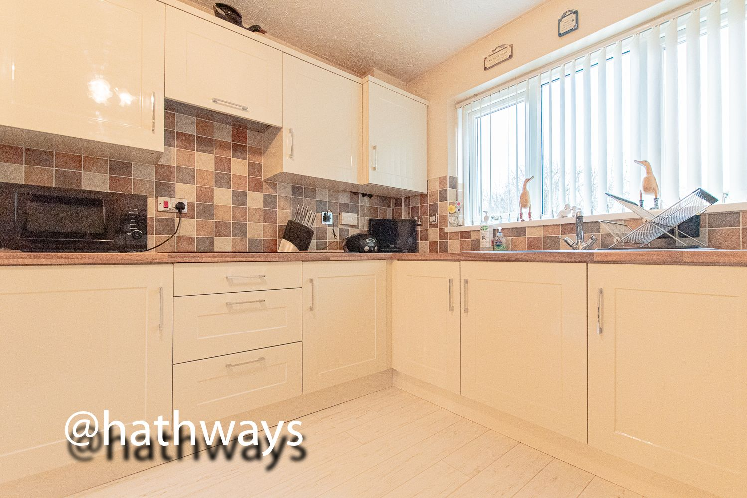 3 bed house for sale in Hawkes Ridge 17