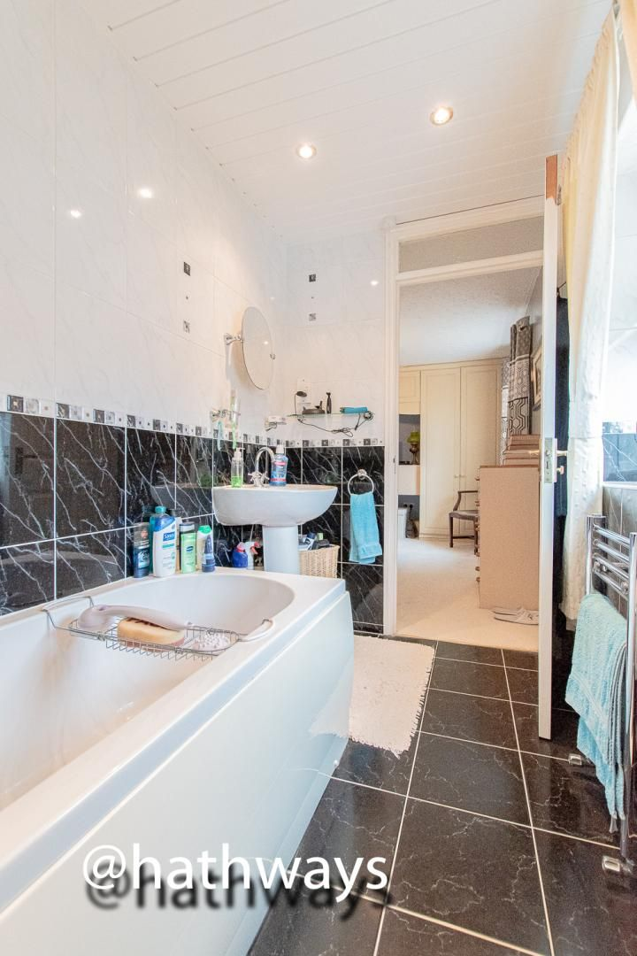 3 bed house for sale in Hawkes Ridge 29