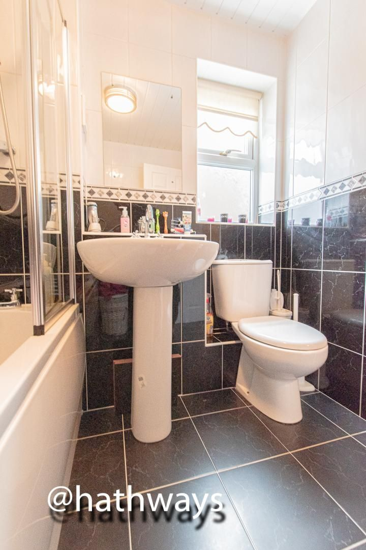 3 bed house for sale in Hawkes Ridge 37