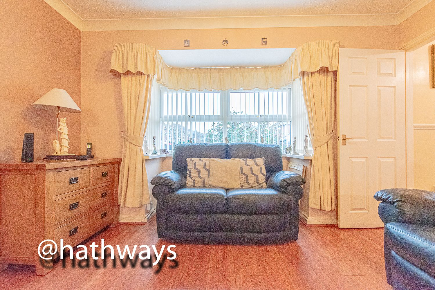 3 bed house for sale in Hawkes Ridge 8