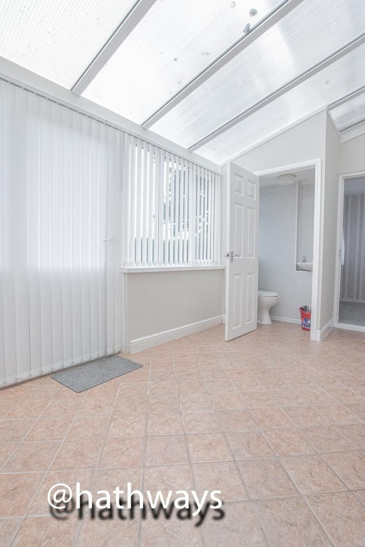 4 bed house to rent in Daffodil Court 13