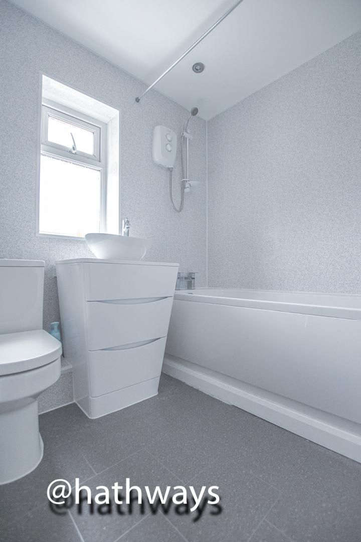4 bed house to rent in Daffodil Court 21