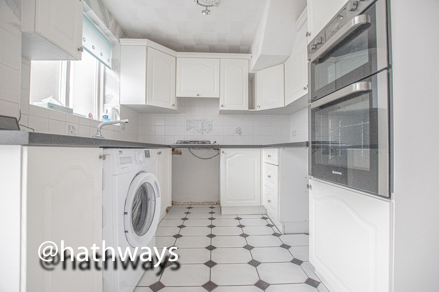 4 bed house to rent in Daffodil Court 6