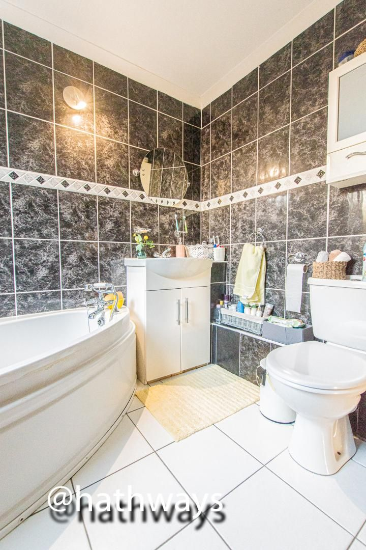 2 bed house for sale in Grosvenor Place  - Property Image 17