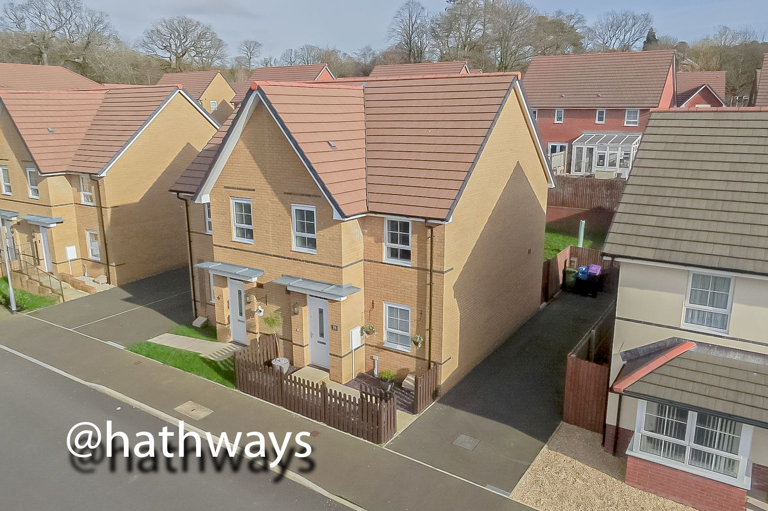 3 bed house for sale in John Jobbins Way, NP4