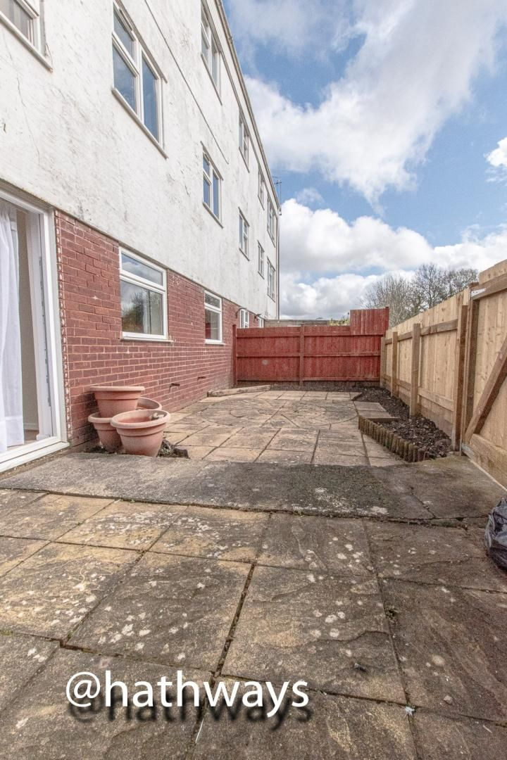 2 bed flat for sale in Coed Lee 29
