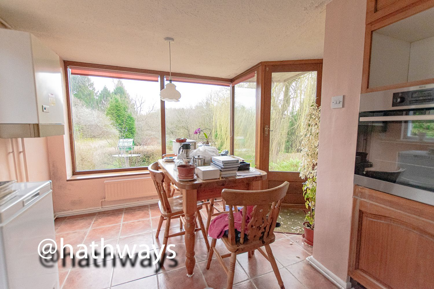 4 bed bungalow for sale in Pentre Lane  - Property Image 14