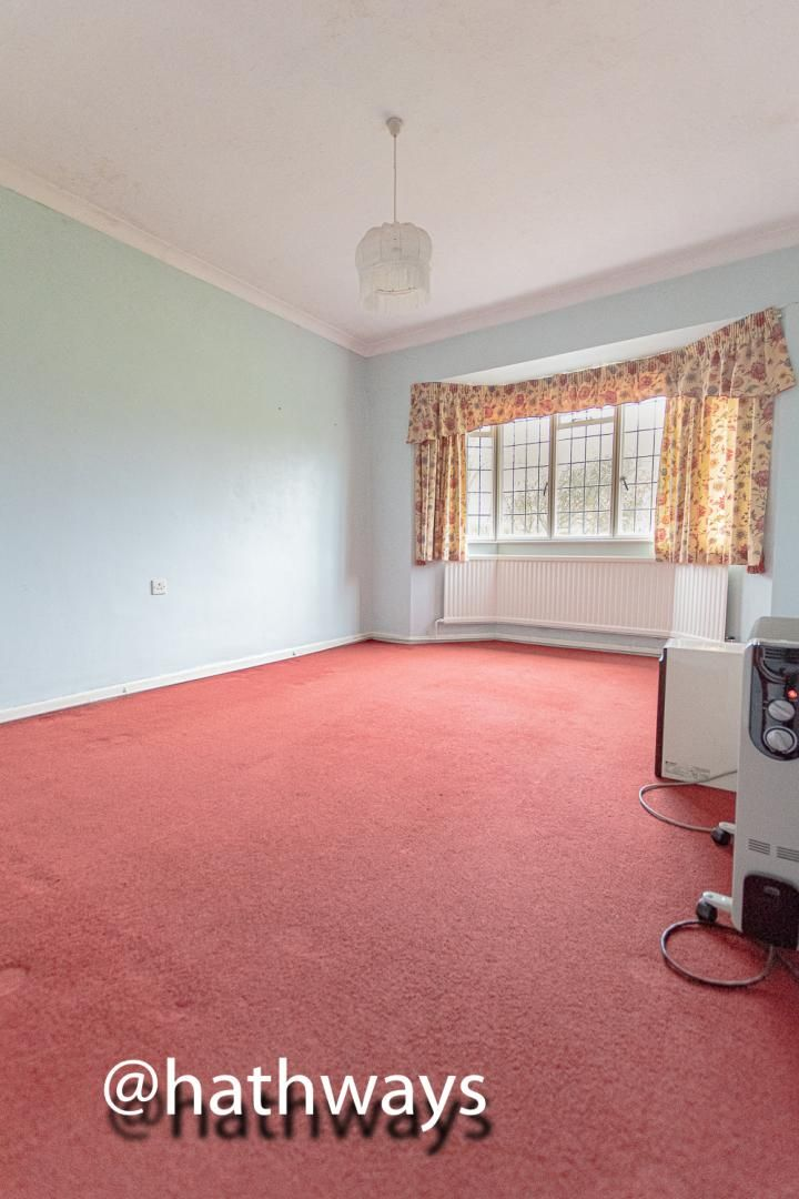 4 bed bungalow for sale in Pentre Lane  - Property Image 16