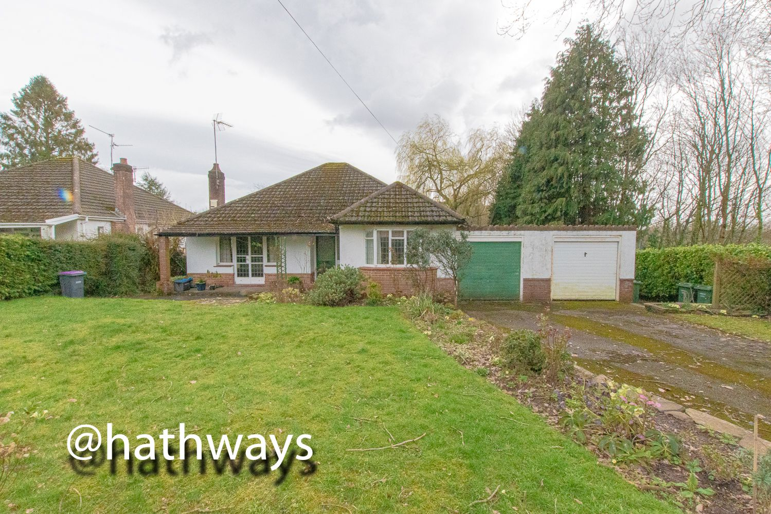 4 bed bungalow for sale in Pentre Lane  - Property Image 33