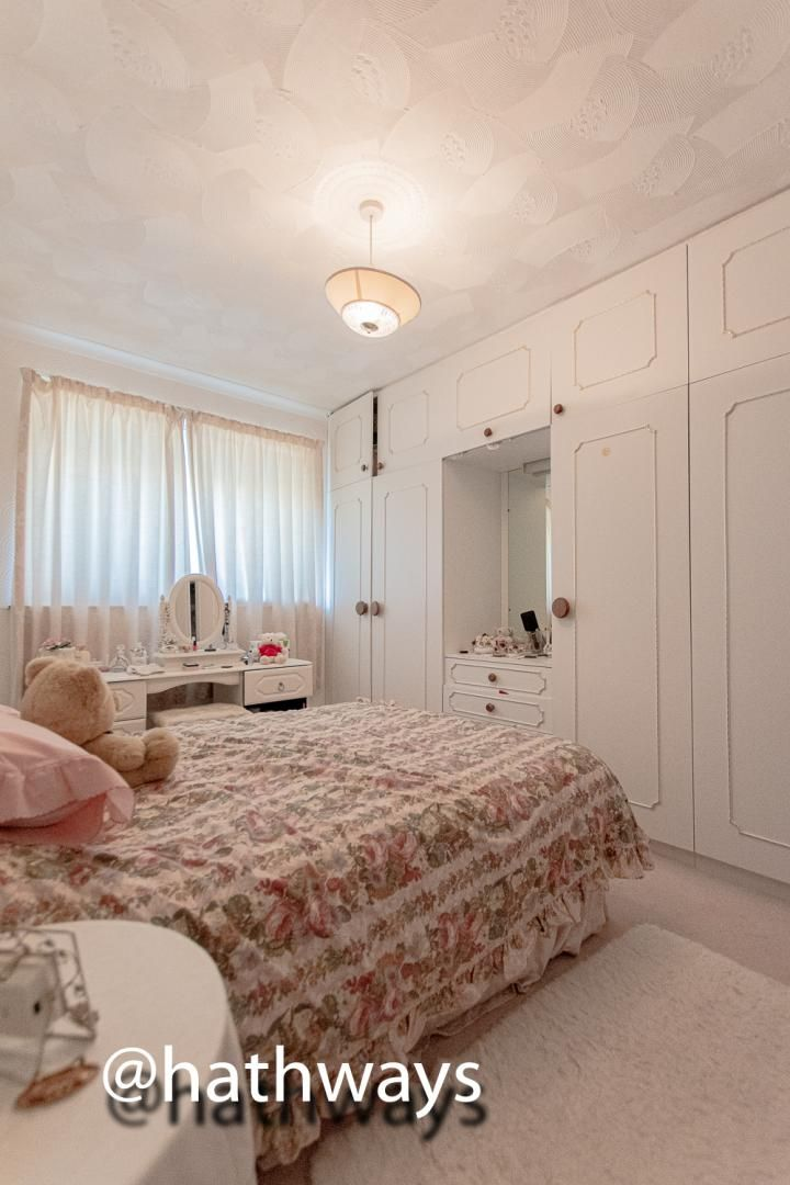 3 bed house for sale in Thornhill Close  - Property Image 12