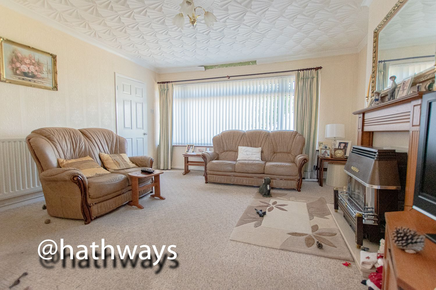 3 bed house for sale in Thornhill Close 6