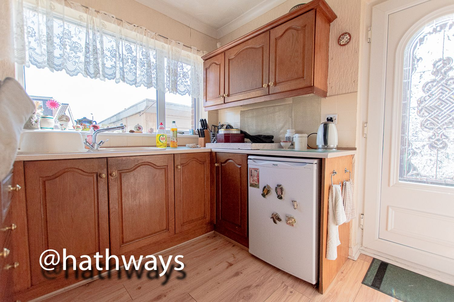 3 bed house for sale in Thornhill Close  - Property Image 10