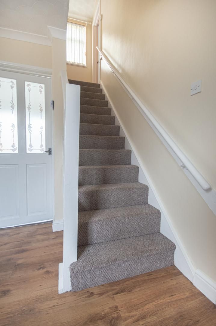 2 bed house to rent in Porthmawr Road 11