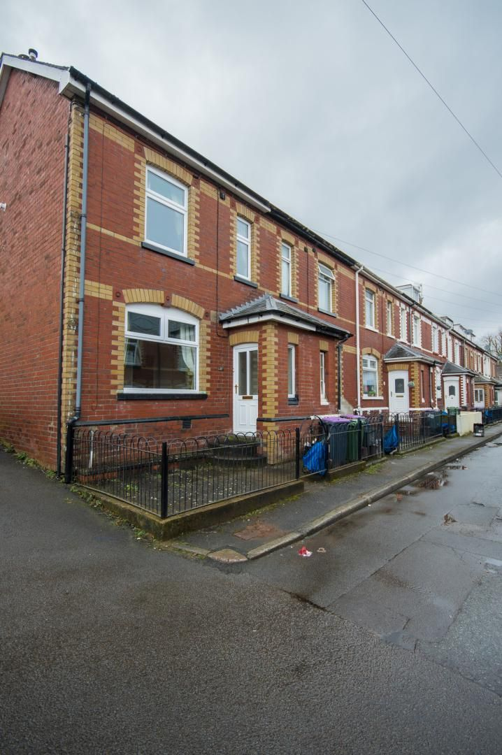 3 bed house to rent in Queen Street  - Property Image 29