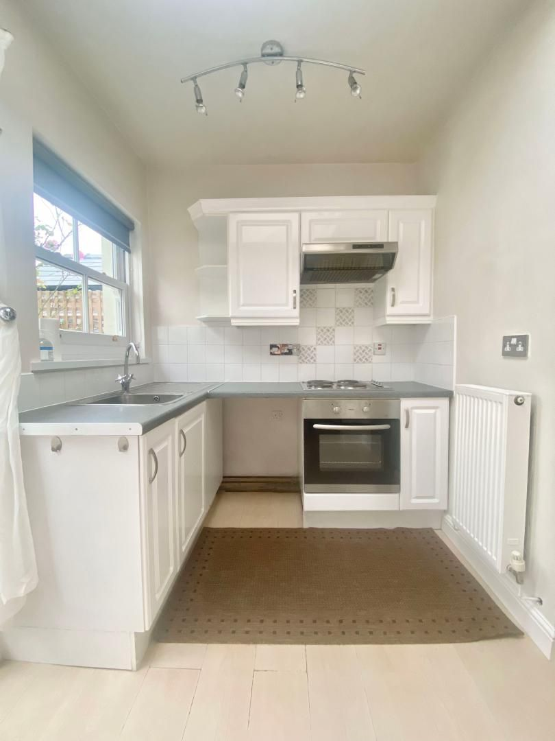 2 bed house to rent in High Street 3