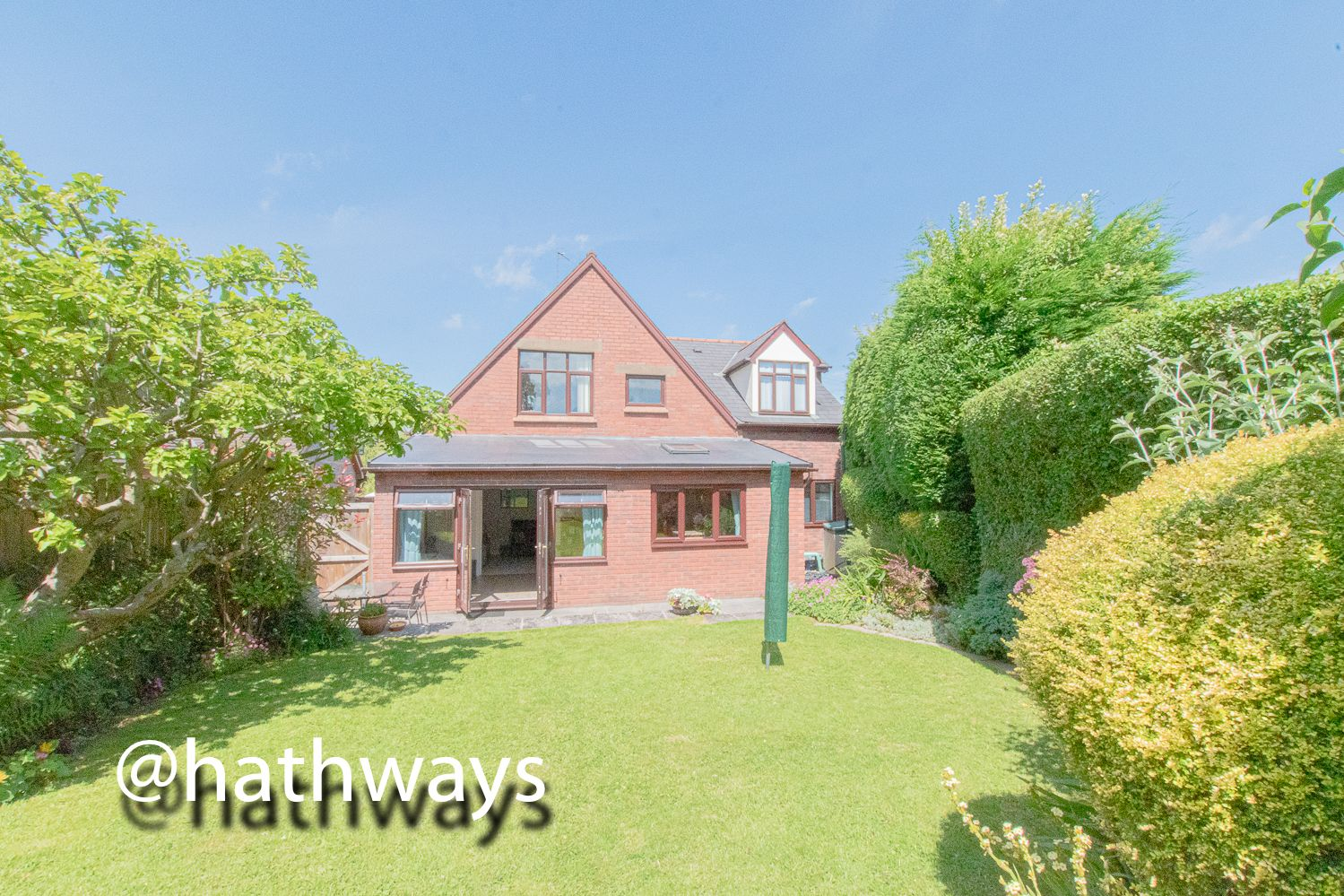 4 bed house for sale in Ashford Close South 2