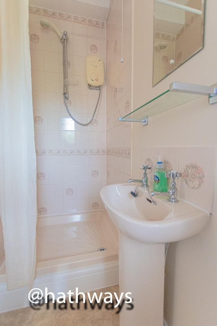 4 bed house for sale in Ashford Close South  - Property Image 32