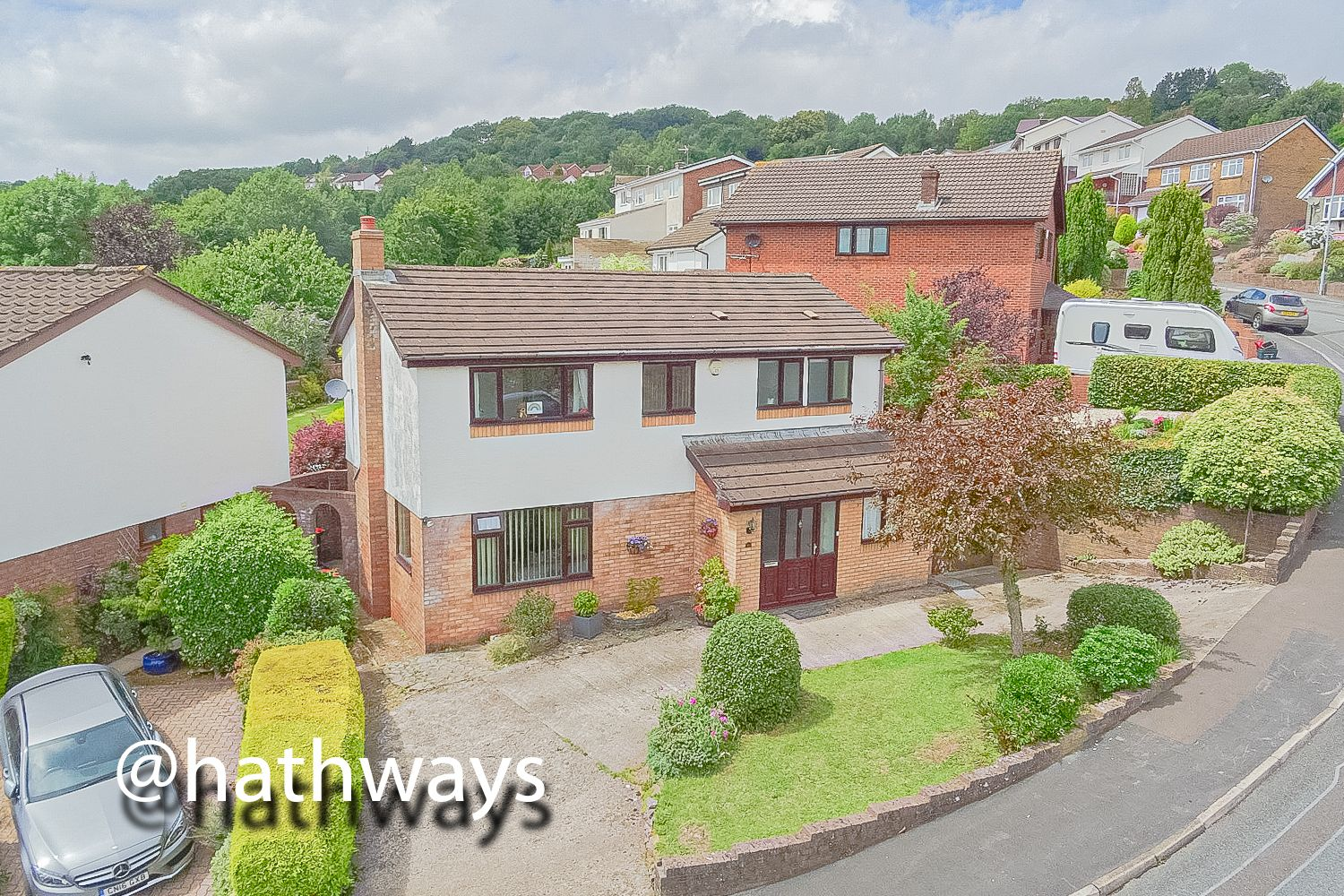 5 bed house for sale in Trinity View - Property Image 1