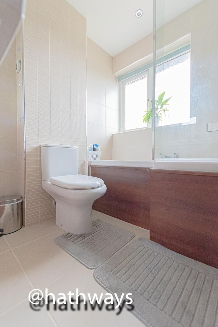 5 bed house for sale in Trinity View 35