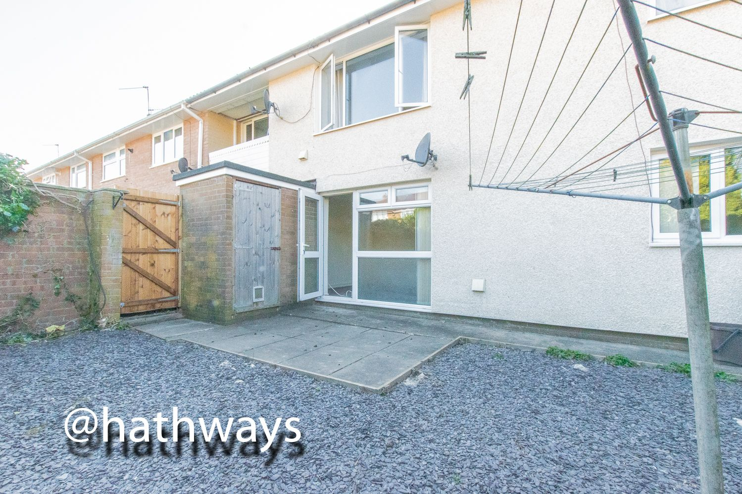 1 bed flat for sale in Cardigan Crescent 12