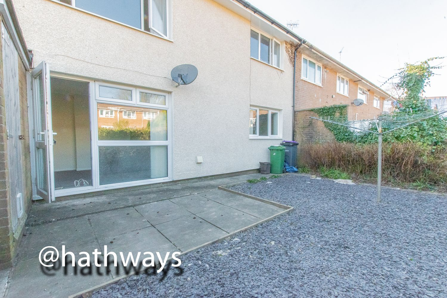 1 bed flat for sale in Cardigan Crescent 13