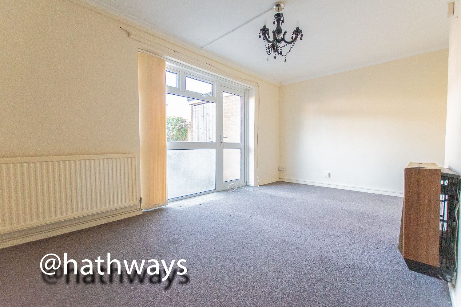 1 bed flat for sale in Cardigan Crescent  - Property Image 4