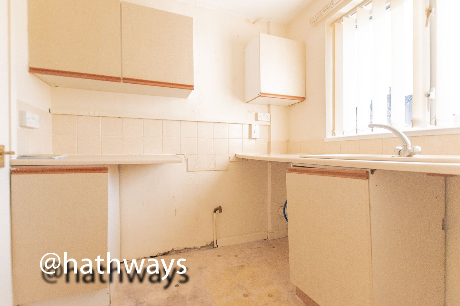 1 bed flat for sale in Cardigan Crescent  - Property Image 6