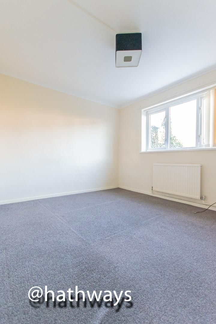 1 bed flat for sale in Cardigan Crescent  - Property Image 8
