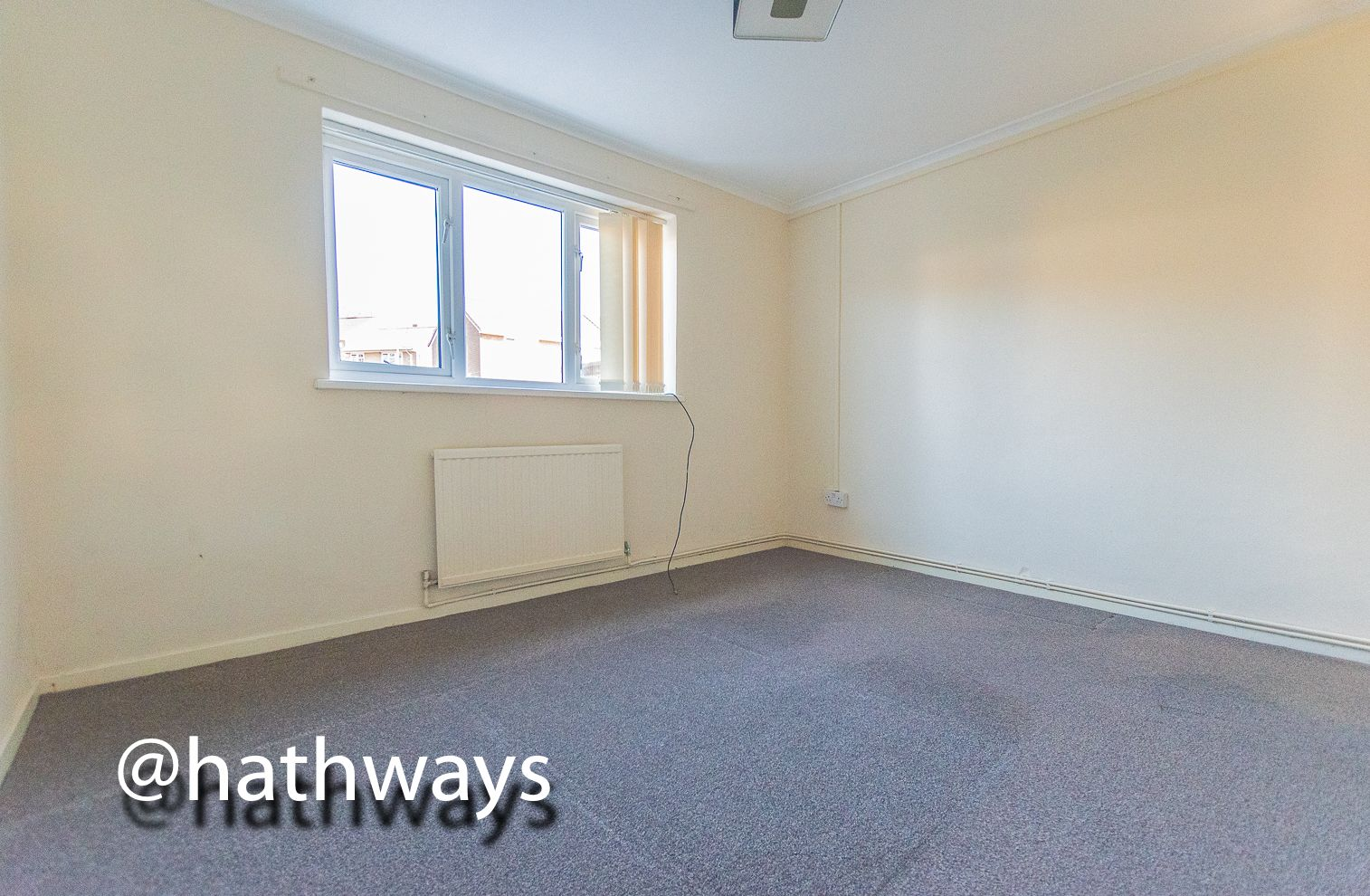 1 bed flat for sale in Cardigan Crescent  - Property Image 9