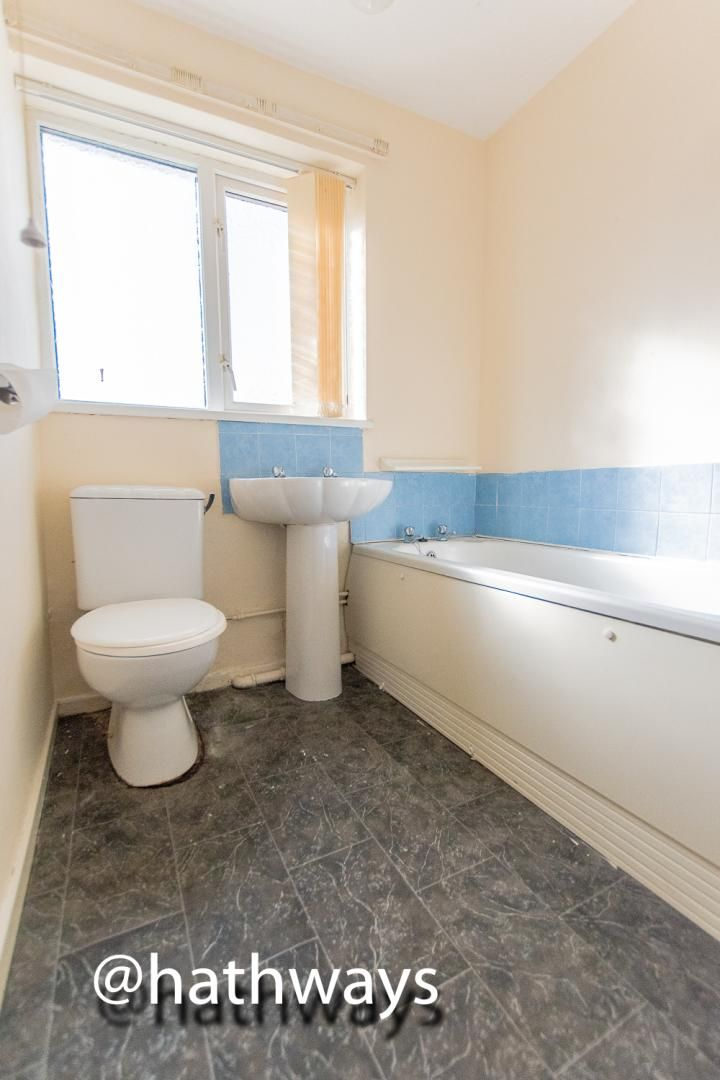 1 bed flat for sale in Cardigan Crescent  - Property Image 10