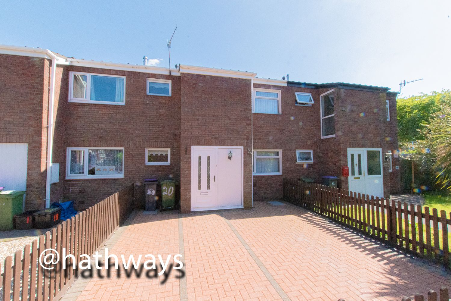 3 bed house for sale in Snowdon Court, NP44