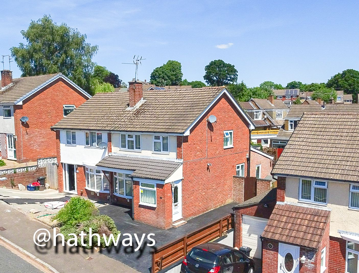 3 bed house for sale in Rowan Way, NP20