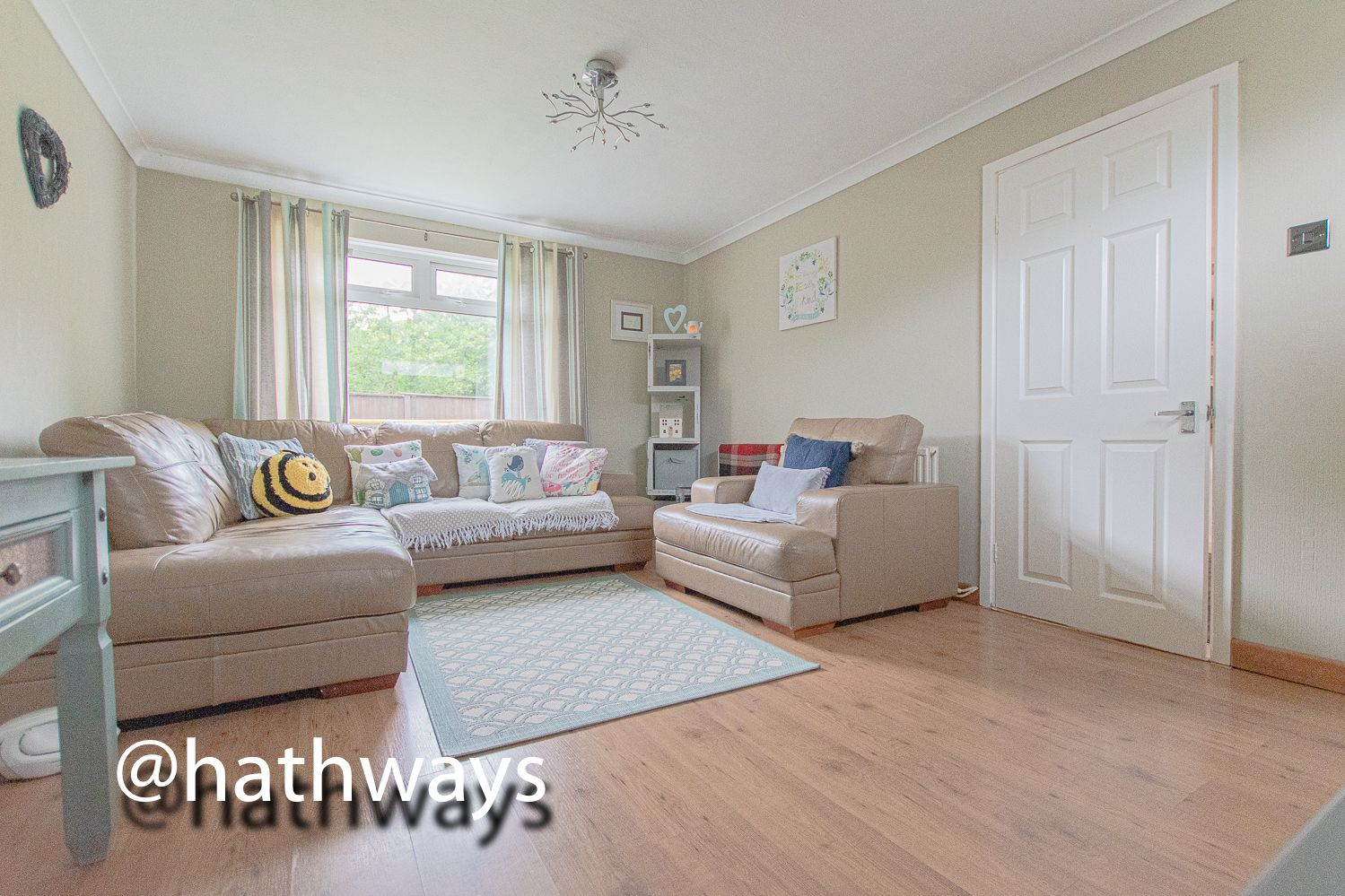 3 bed house for sale in The Haldens 11