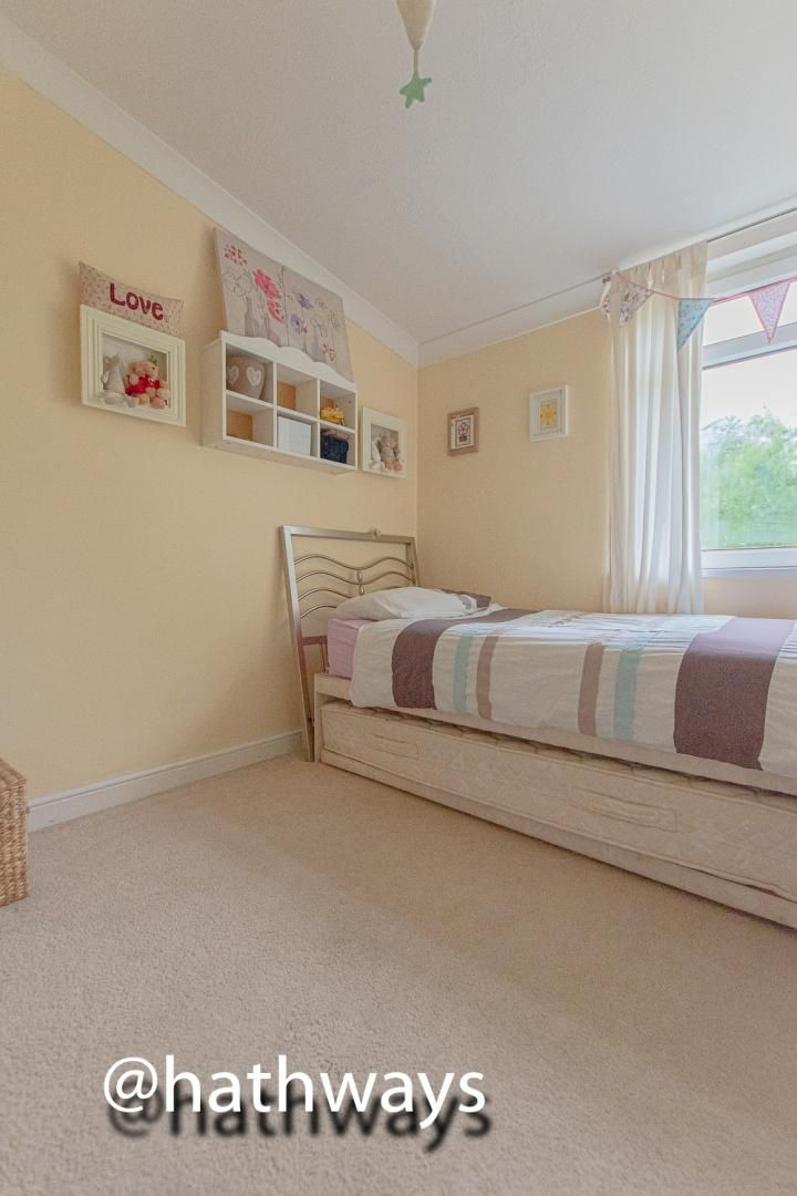 3 bed house for sale in The Haldens 18